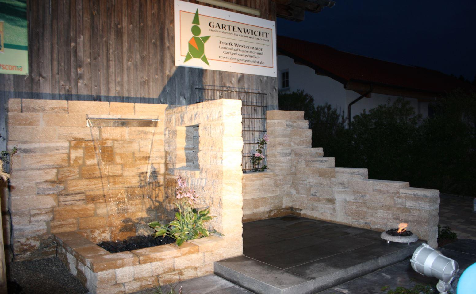 Natursteinmauern, Mauern sind unser Handwerk. Wir errichten Ihre Mauer in Mammendor, Fürstenfeldbruck und Augsburg. Informieren Sie sich hier.